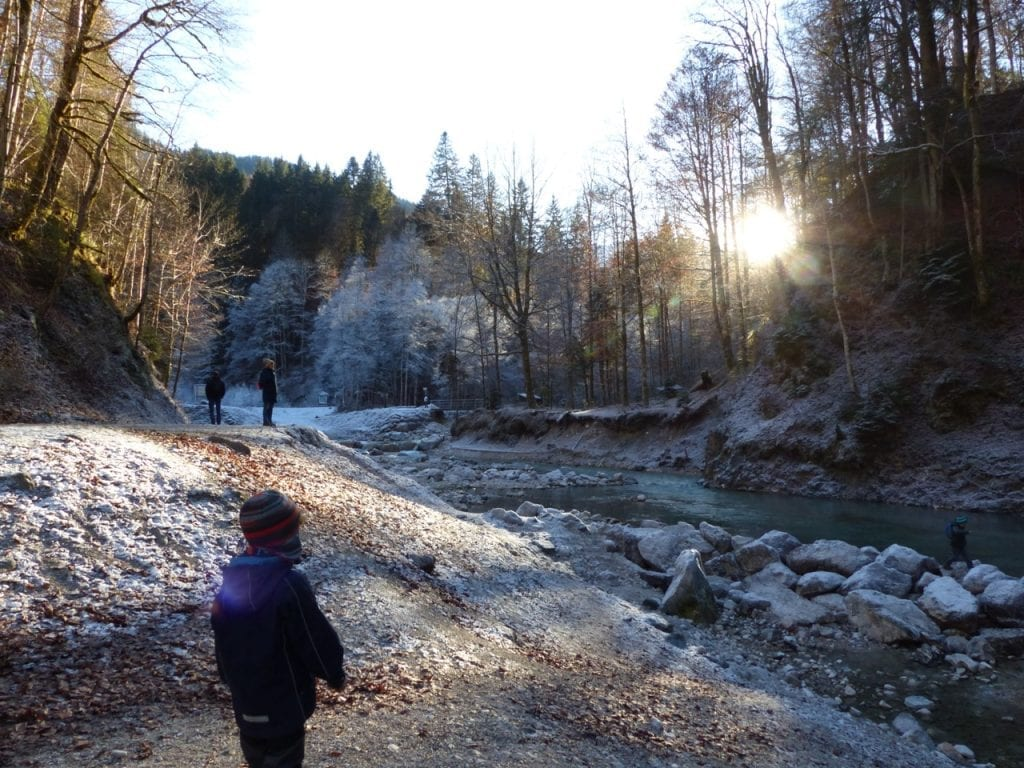 Winterurlaub (als Single) mit Kind in der Partnachklamm