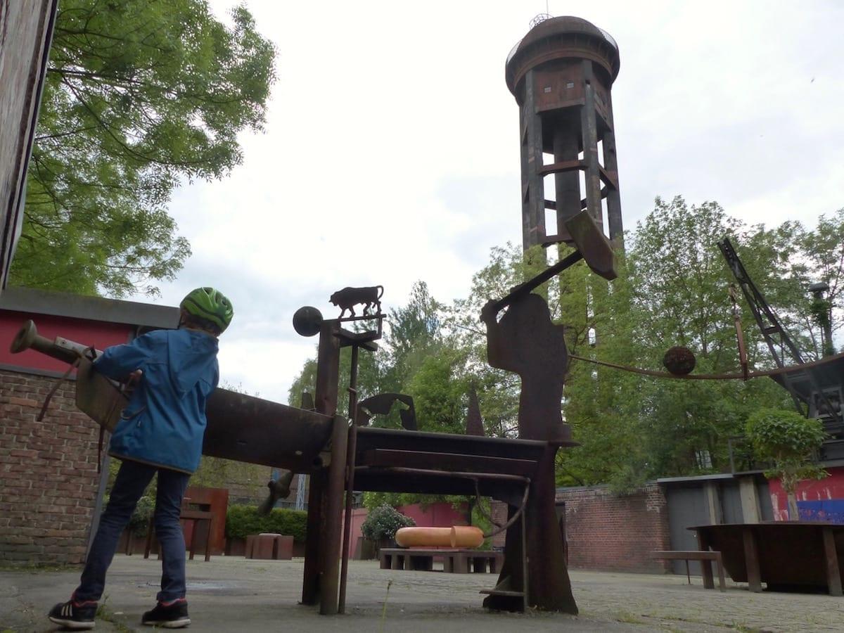 Natur-Park Südgelände Berlin mit Kindern - Kunst und Technik