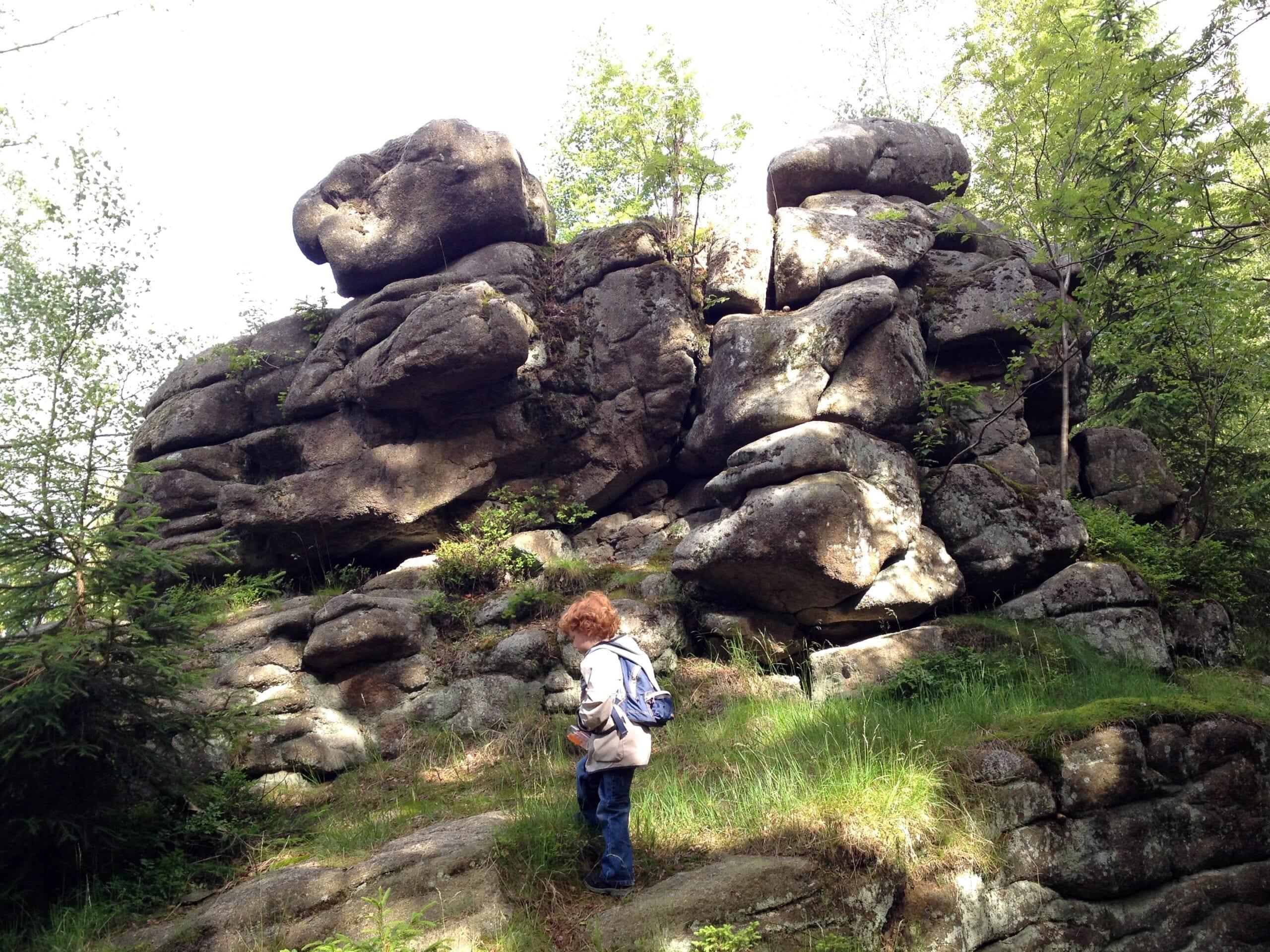 Wandern im Harz mit Kleinkind - Felsentürme