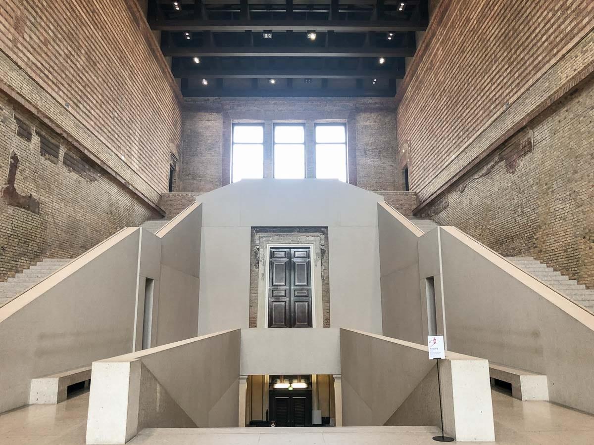 Neues Museum Berlin Architektur im Treppenhaus
